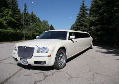 Limo_chrysler (1)
